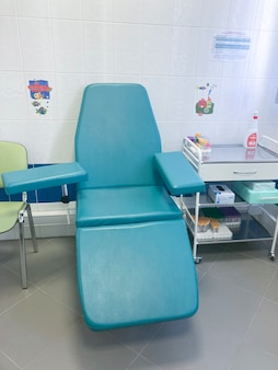 Cadeira médica do doador para doação de sangue
