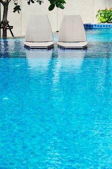 Cadeiras de praia piscina lateral