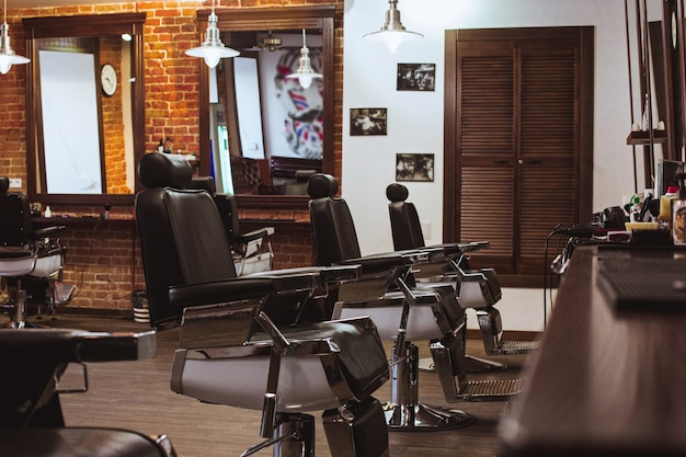 Cadeiras vintage na barbearia