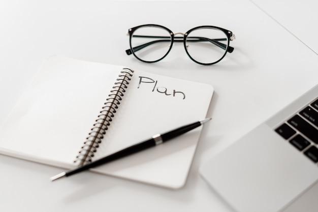 Caderno com plano
