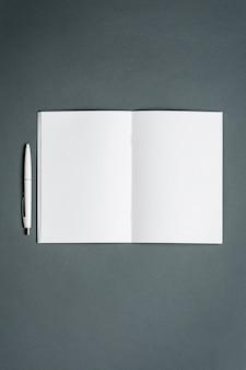 Caderno de negócios. espaço cinza.