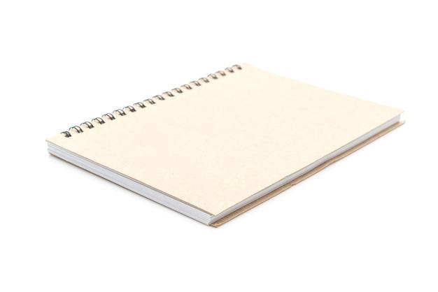 Caderno em branco no branco
