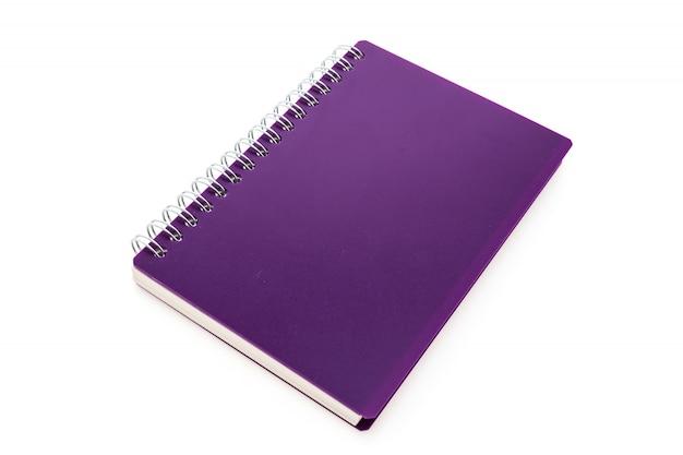 Caderno roxo com anéis