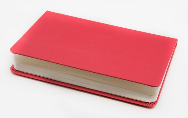 Caderno sobre fundo branco
