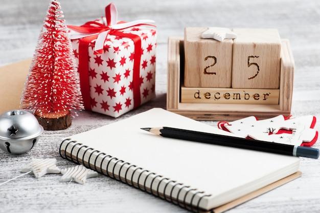 Caderno vazio para resoluções de ano novo
