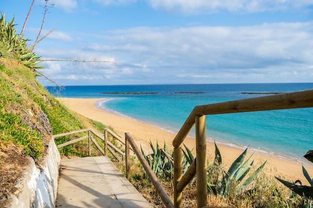 Cádiz praia em um dia ensolarado, andaluzia