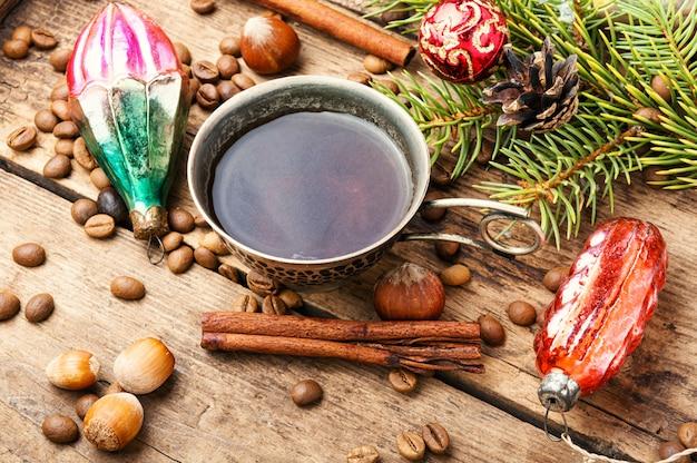 Café com decorações de natal