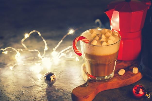 Café com leite e bule