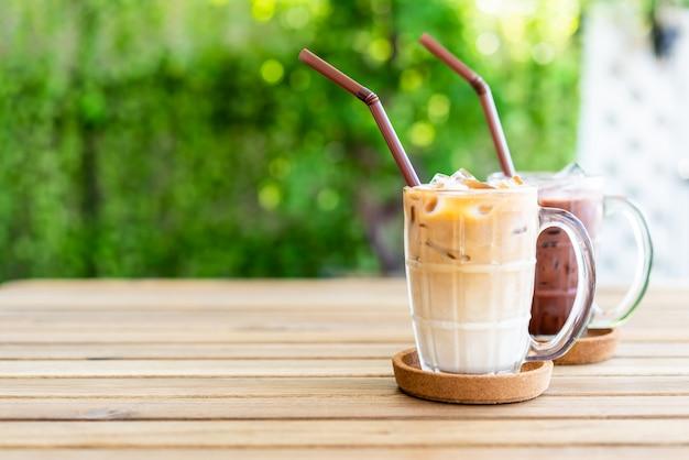Café com leite gelado com chocolate gelado