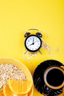 Café da manhã, café da manhã granola, despertador