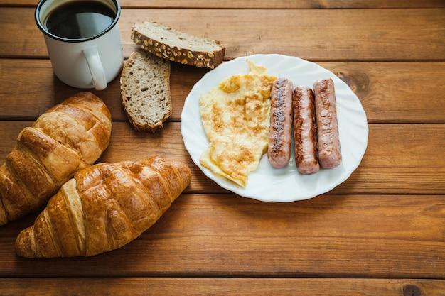 Café da manhã com café