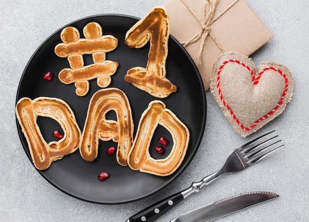 Café da manhã da celebração do dia dos pais