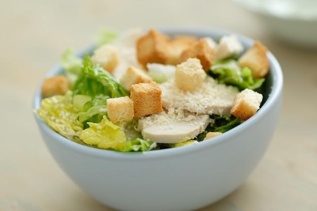 Café da manhã, salada em uma tigela