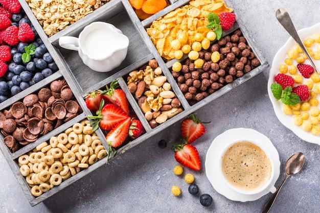 Café da manhã saudável com café e cereais