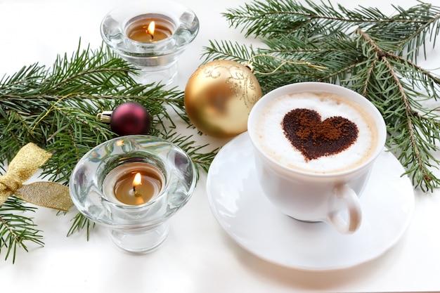 Café de natal com coração.