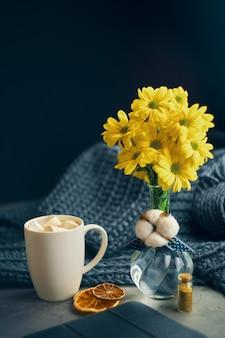 Café e flores