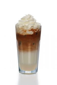 Café e leite coquetel com chantilly