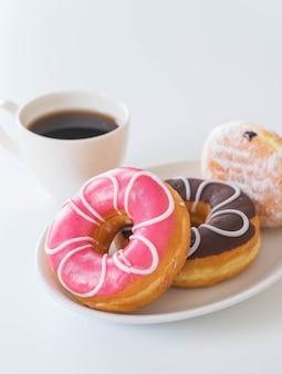 Café e rosquinhas
