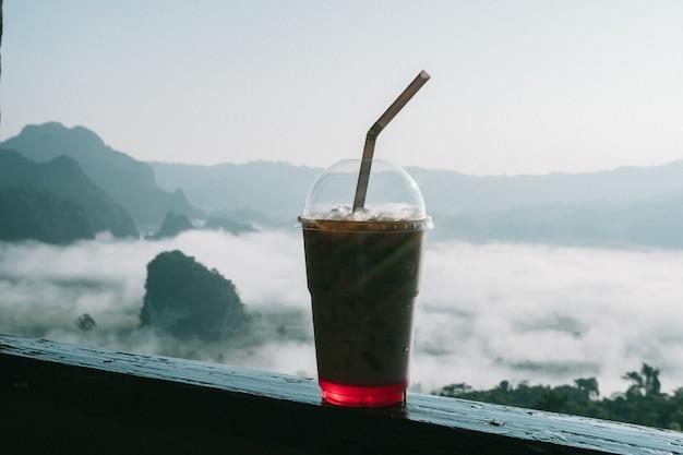 Café fresco no café da manhã com antecedência