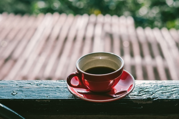 Café fresco quente no café da manhã