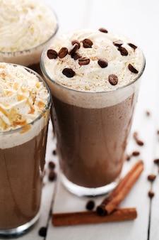 Café gelado com chantilly