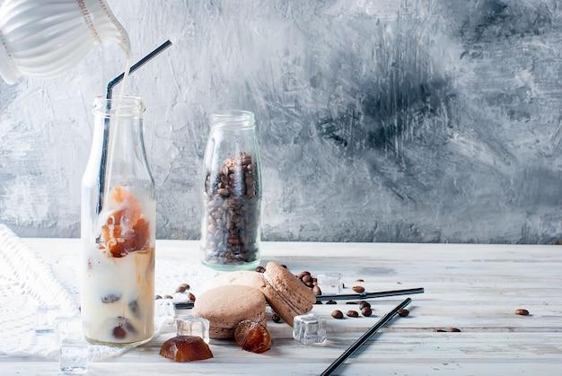 Café gelado em garrafa