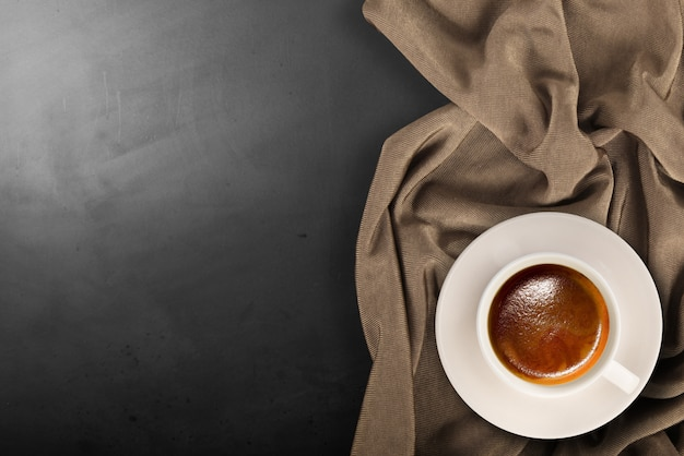 Café italiano em fundo de pedra