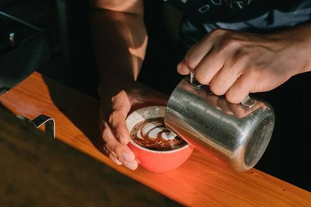 Café latte art no café