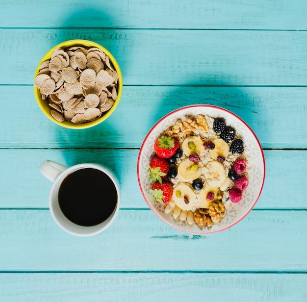 Café, muesli e cereais