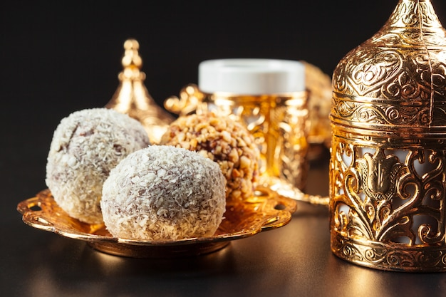 Café turco tradicional e delícias turcas