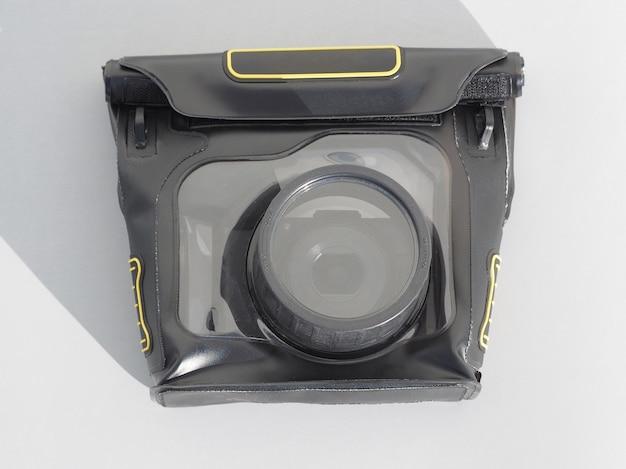Caixa à prova d'água com câmera digital.