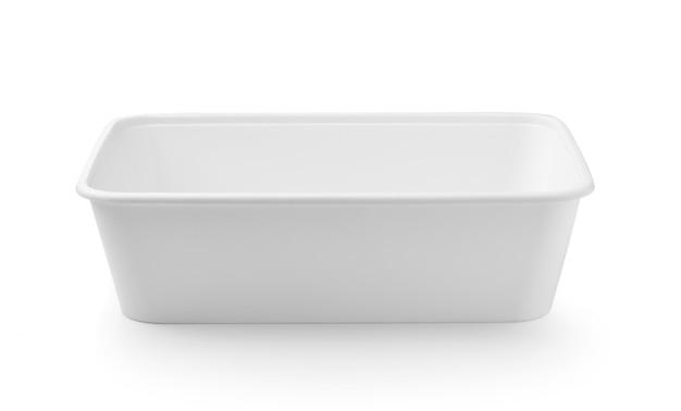 Caixa de comida de plástico isolada no espaço em branco