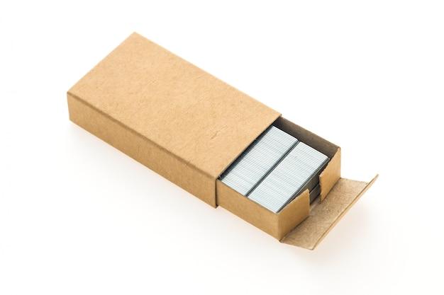 Caixa de grampos isolada