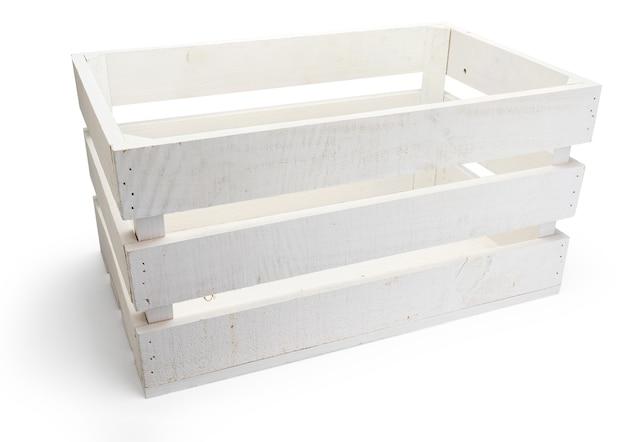 Caixa de madeira vazia de frutas (maçãs) na cor branca. isolado em um fundo branco. vista do topo.