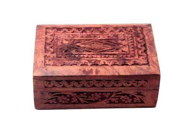 Caixa de madeira vintage fechada