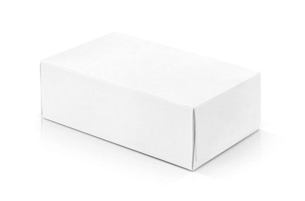 Caixa de papel branco para design de produtos.