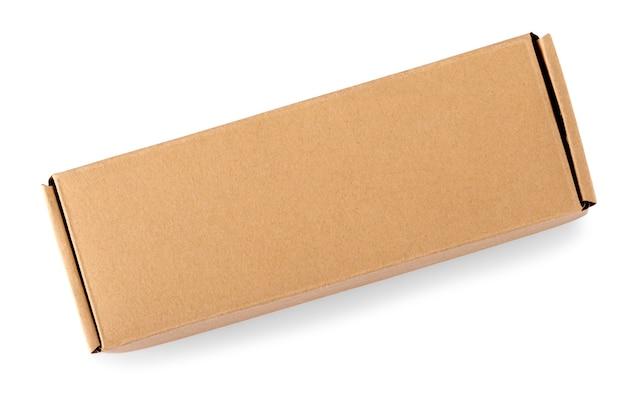 Caixa de papelão isolada em fundo branco