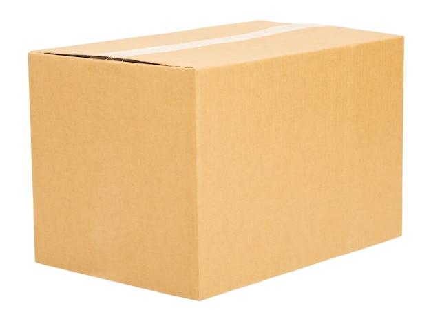 Caixa de papelão ondulado fechada posicionada em três quartos para isolar o visualizador