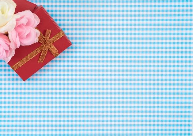 Caixa de presente com isolado em