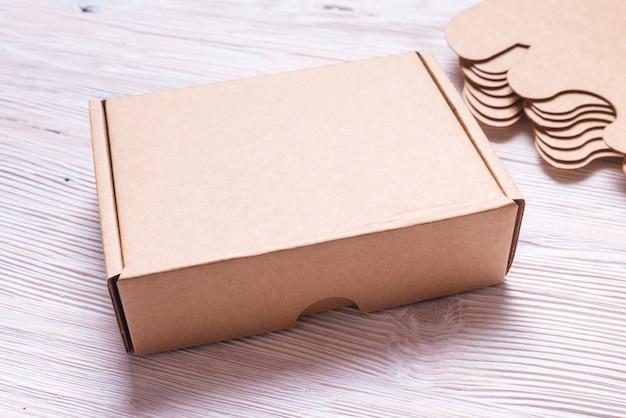 Caixa de presente de papelão