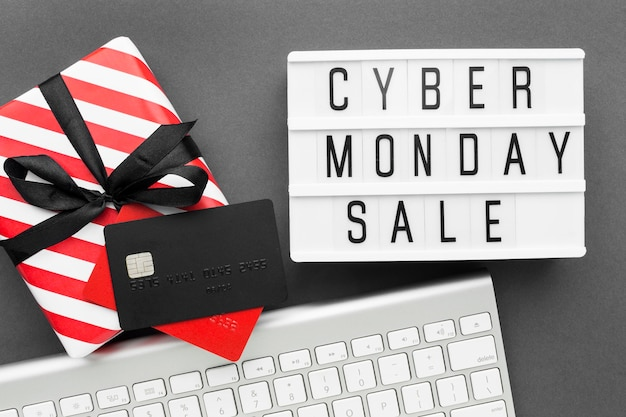 Caixa de presente de venda cyber segunda-feira com fita
