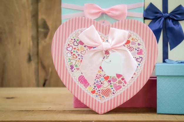 Caixa de presente em forma de coração