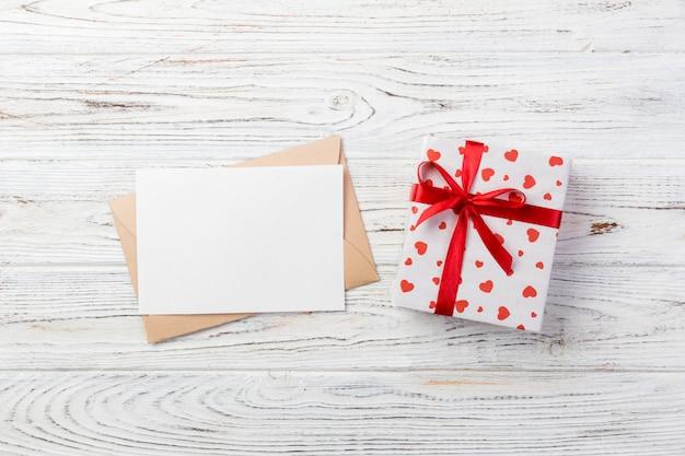 Caixa de presente para namorados, cartão de felicitações e envelope artesanal