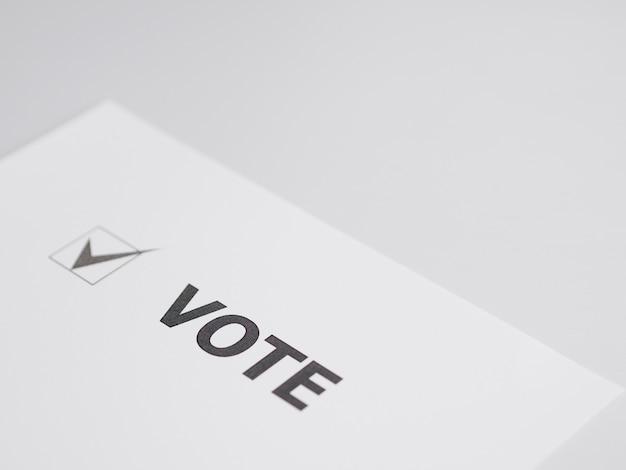 Caixa de votação de alto ângulo