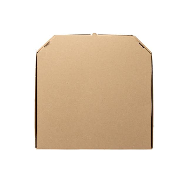Caixa quadrada de papelão marrom fechada isolada no fundo branco, vista superior