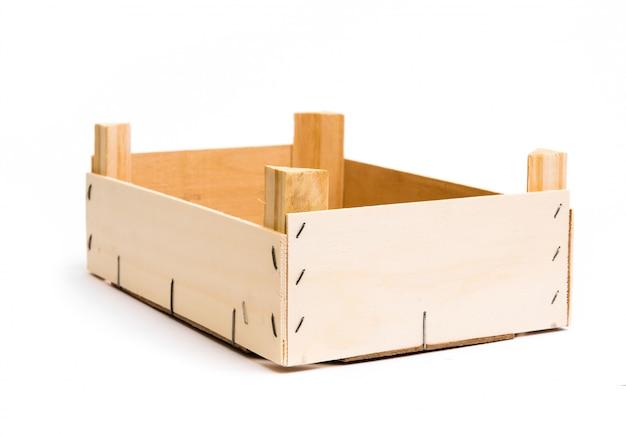 Caixa vazia de madeira