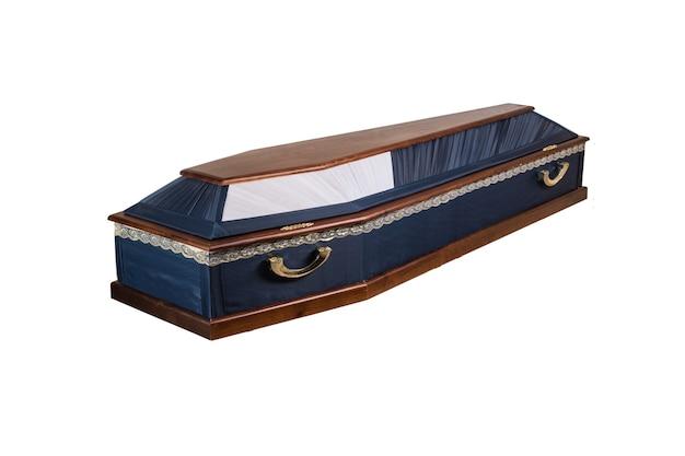 Caixão de madeira. isolado em um fundo branco.