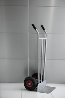 Caixas carrinho de mão carrinho vertical em prata