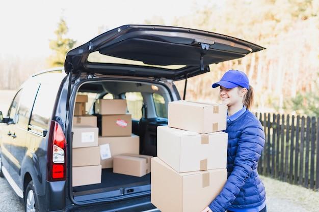 Caixas de transporte de correio para clientes