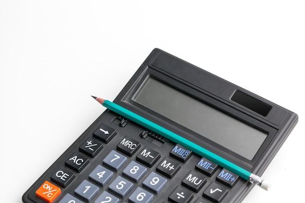 Calculadora de mesa de escritório com caneta